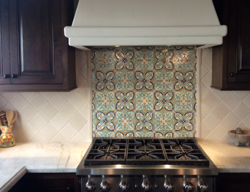 Kitchen Backsplash with Mirror in Ceramic Tile